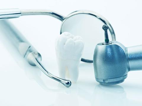 strumenti per la ricostruzione dentale